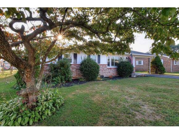 816 Ash Street, Elizabethton, TN 37643 (MLS #427208) :: Conservus Real Estate Group