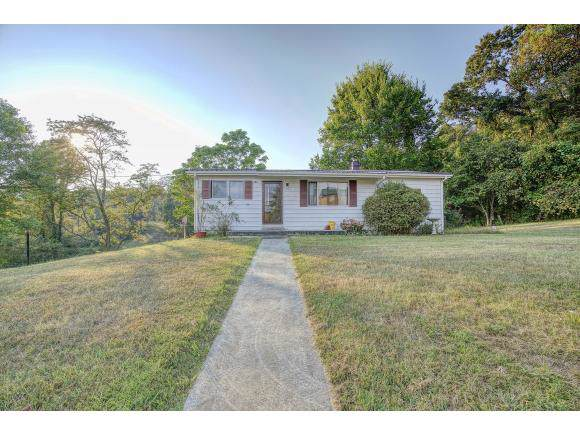 328 Ridgecrest Rd, Jonesborough, TN 37659 (MLS #427258) :: Highlands Realty, Inc.