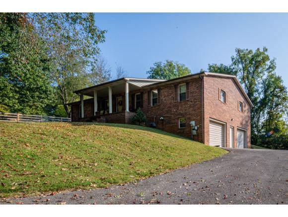 29 East Circle Dr, Bristol, VA 24201 (MLS #427318) :: Bridge Pointe Real Estate