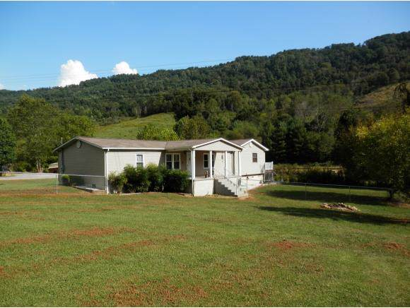 1837 Middle Wallens Creek, Jonesville, VA 24263 (MLS #427339) :: Bridge Pointe Real Estate