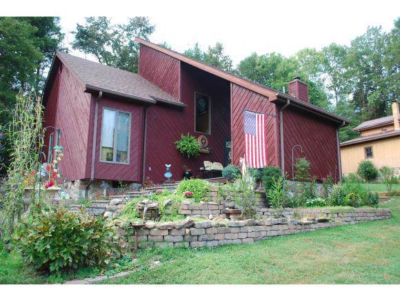 220 Fawn Lane, Clintwood, VA 24228 (MLS #427346) :: Highlands Realty, Inc.