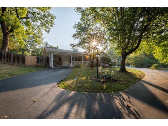 201 Sleepy Hollow Road, Bristol, TN 37620 (MLS #427461) :: Highlands Realty, Inc.