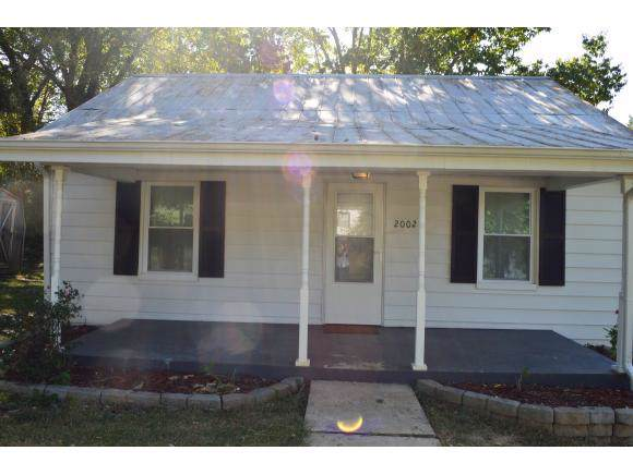 2002 Main St, Surgoinsville, TN 37873 (MLS #427468) :: Highlands Realty, Inc.