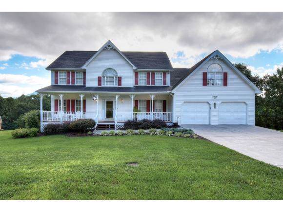 945 Moccasin Hills, Gate City, VA 24251 (MLS #427488) :: Conservus Real Estate Group