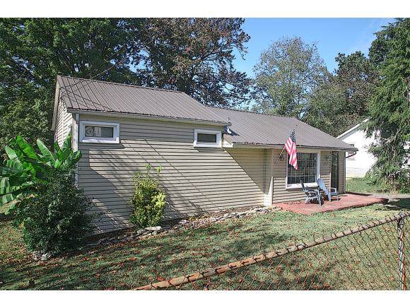 220 Gale Ave, Kingsport, TN 37660 (MLS #427686) :: Conservus Real Estate Group