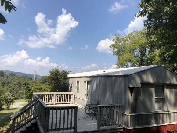1370 Lovelace, Fall Branch, TN 37656 (MLS #428390) :: Bridge Pointe Real Estate