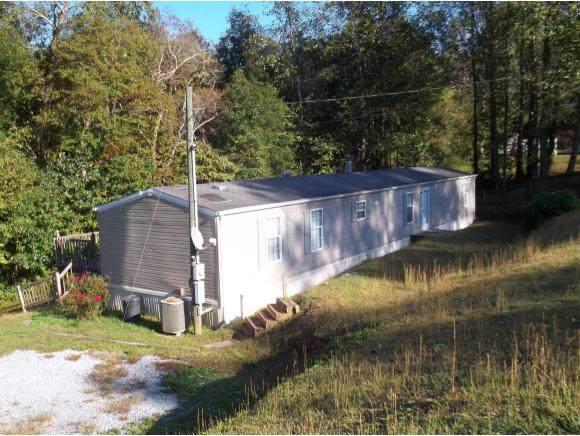 107 Autumn Wood Lane, Elizabethton, TN 37643 (MLS #428417) :: The Baxter-Milhorn Group