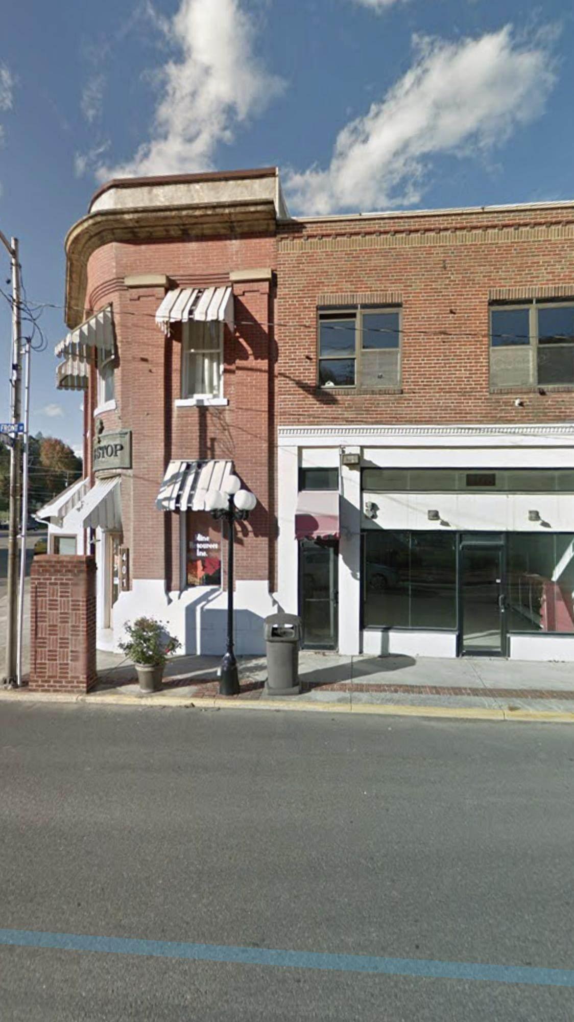 403 Front Street Street - Photo 1