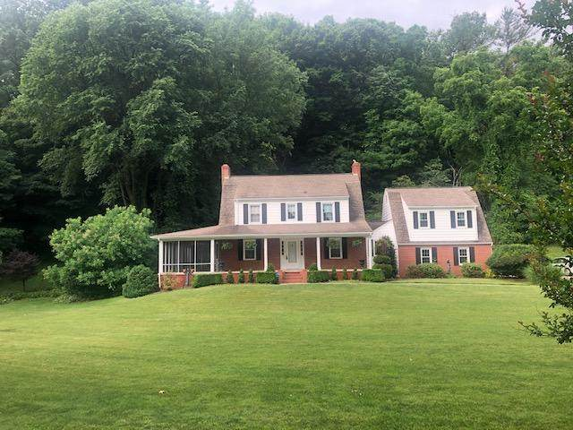 210 Meadow Dr. Drive, Bristol, VA 24201 (MLS #9908915) :: Conservus Real Estate Group
