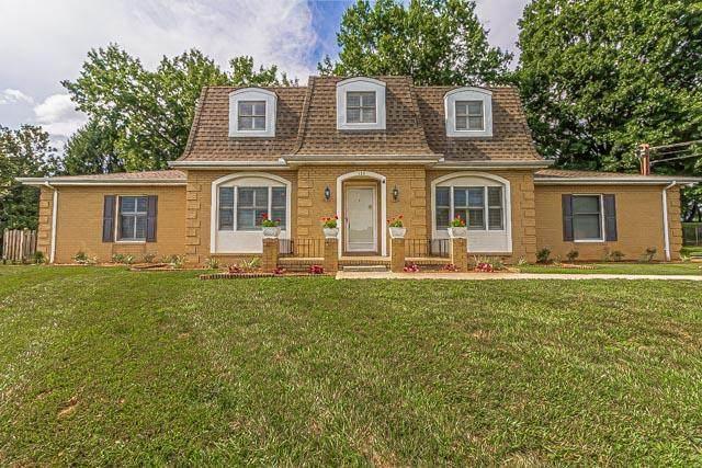 122 Countryshire Court, Kingsport, TN 37663 (MLS #9911098) :: Bridge Pointe Real Estate