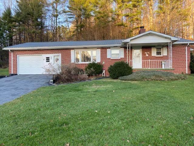 185 Hubert Taylor Road, Mountain City, TN 37683 (MLS #9915715) :: Conservus Real Estate Group