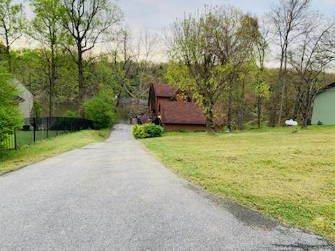 302 Charlie Avenue, Piney Flats, TN 37686 (MLS #9921001) :: Conservus Real Estate Group