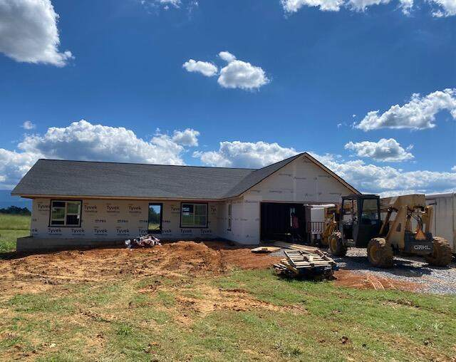 2066 Old Stage Road, Greeneville, TN 37745 (MLS #9928539) :: Red Door Agency, LLC