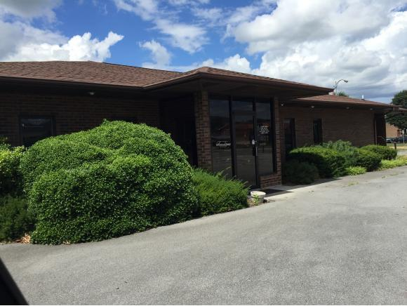402 Bemberg Road Na, Elizabethton, TN 37643 (MLS #381169) :: Highlands Realty, Inc.