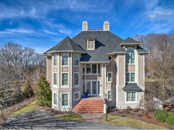 6001 Old Jonesboro Rd, Bristol, TN 37620 (MLS #386240) :: Bridge Pointe Real Estate