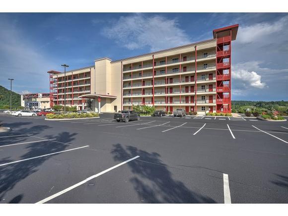 210 Raceday Center Drive #306 #306, Bristol, TN 37620 (MLS #391936) :: Conservus Real Estate Group