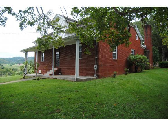 119 Reagan Drive, Castlewood, VA 24224 (MLS #392386) :: Highlands Realty, Inc.