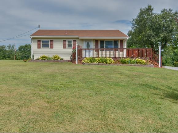 710 Hilltop Drive, Johnson City, TN 37604 (MLS #395185) :: Highlands Realty, Inc.
