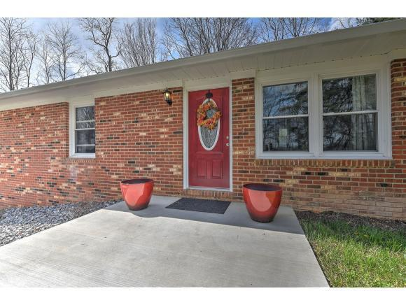 121 Rockwood Drive, Jonesborough, TN 37659 (MLS #404806) :: Highlands Realty, Inc.