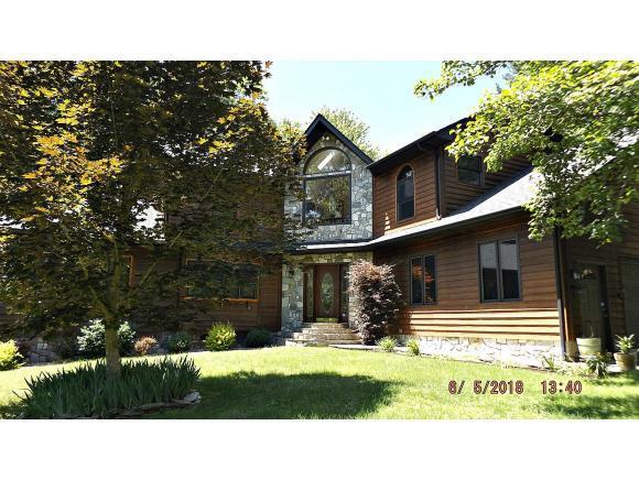 405 Sprucy Ridge Road, Mountain City, TN 37683 (MLS #407462) :: Highlands Realty, Inc.