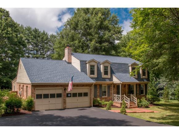 112 Maxwell Drive, Bristol, TN 37620 (MLS #408945) :: Highlands Realty, Inc.