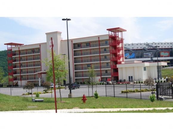 120 Raceday Center #105, Bristol, TN 37620 (MLS #409373) :: Conservus Real Estate Group