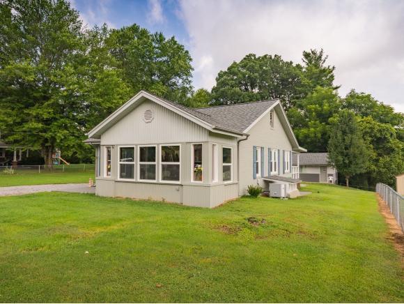 1728 Washington Avenue, Kingsport, TN 37664 (MLS #411305) :: Highlands Realty, Inc.