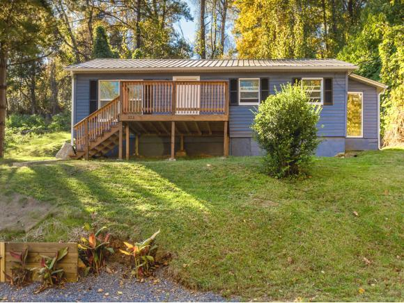 323 Independence Avenue, Mt. Carmel, TN 37645 (MLS #412655) :: Griffin Home Group