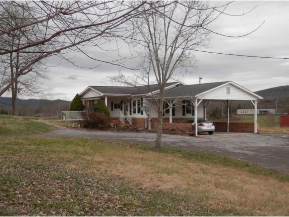174 Friendship Drive, Pennington Gap, VA 24277 (MLS #415837) :: Griffin Home Group