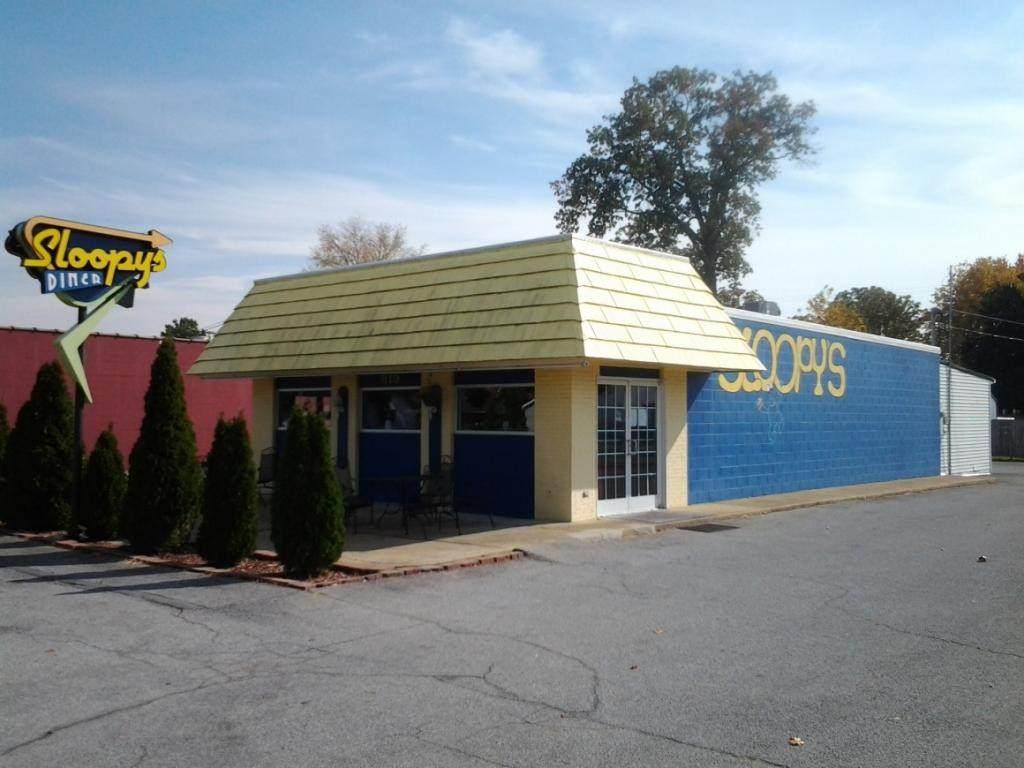 819 Eastman Road - Photo 1