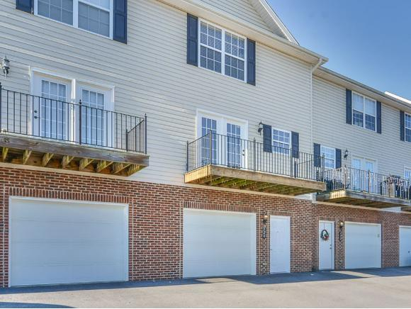 524 Grays Pointe Court Na, Johnson City, TN 37615 (MLS #416805) :: Griffin Home Group