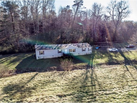 939 Lick Hollow Rd., Greeneville, TN 37743 (MLS #418287) :: Conservus Real Estate Group