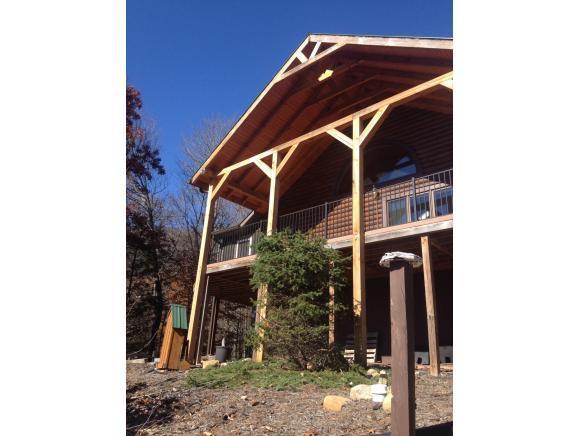 195 Bear Ridge Dr, Butler, TN 37640 (MLS #420355) :: Bridge Pointe Real Estate