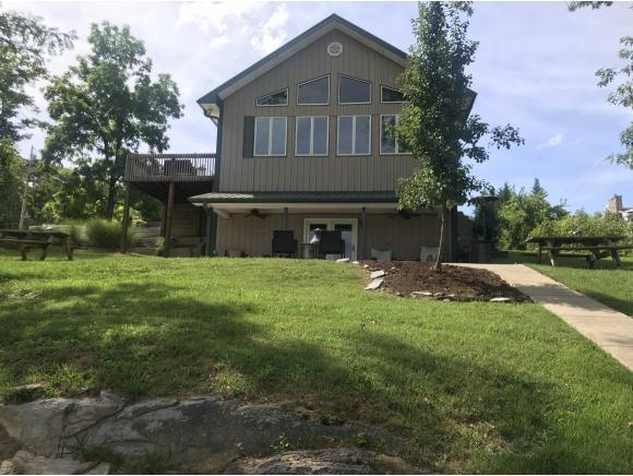 221 Memory Lane Private Dr., Blountville, TN 37617 (MLS #423979) :: Highlands Realty, Inc.