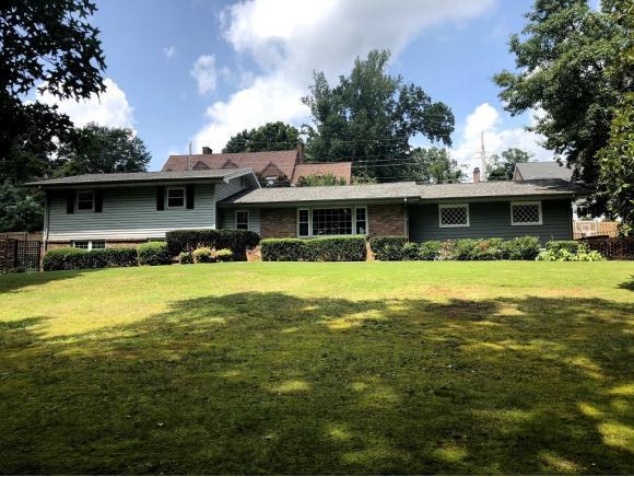 2 Long Crescent, Bristol, VA 24201 (MLS #411356) :: Highlands Realty, Inc.