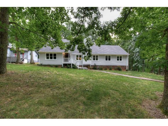 710 Dover Ave, Mt Carmel, TN 37645 (MLS #409770) :: Highlands Realty, Inc.