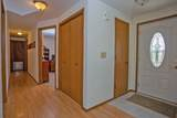 438 Meadow Ct - Photo 3
