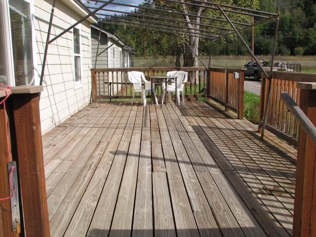 105 A S Ave, METALINE FALLS, WA 99153 (#37562) :: The Spokane Home Guy Group