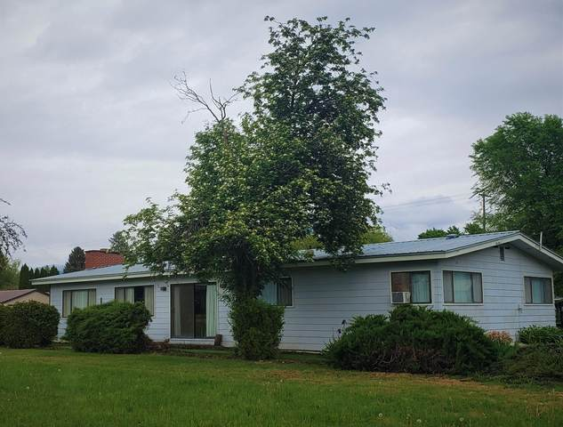 305 W Franklin Ave, CHEWELAH, WA 99109 (#38349) :: The Spokane Home Guy Group