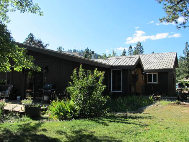 39 Crestview Dr, KETTLE FALLS, WA 99141 (#38834) :: The Spokane Home Guy Group