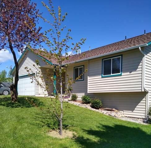 904 Pinebrook Dr, CHEWELAH, WA 99109 (#39724) :: The Spokane Home Guy Group