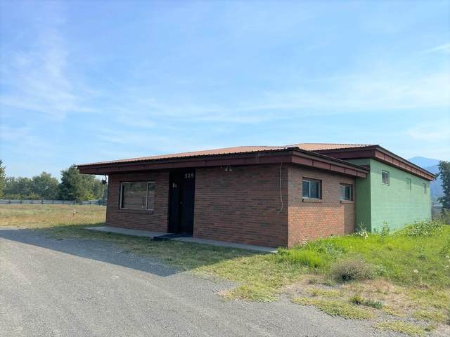 529 Highway 395 Hwy N, KETTLE FALLS, WA 99141 (#40332) :: The Spokane Home Guy Group