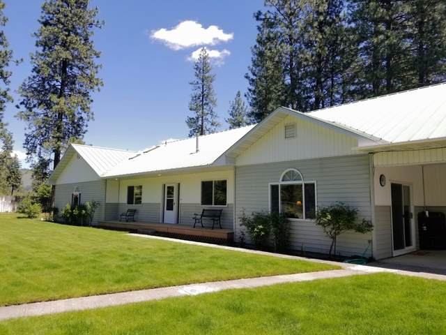 19 Bjs Pl, KETTLE FALLS, WA 99141 (#38353) :: The Spokane Home Guy Group