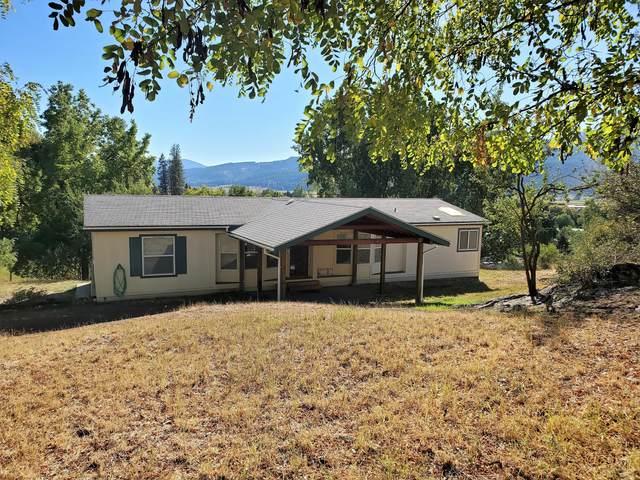 1069 N Washington St, COLVILLE, WA 99114 (#38958) :: The Spokane Home Guy Group