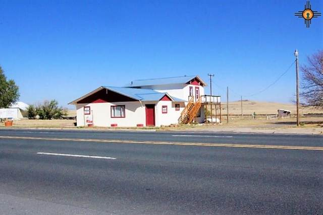 517 Broadway Ave, Des Moines, NM 88418 (MLS #20204665) :: The Bridges Team with Keller Williams Realty
