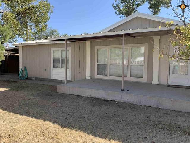 512 N Fourth St, Carlsbad, NM 88220 (MLS #20204747) :: Rafter Cross Realty