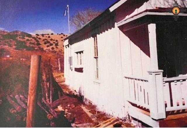 2883 N St. Hwy 14, Cerrillos, NM 87010 (MLS #20204776) :: Rafter Cross Realty