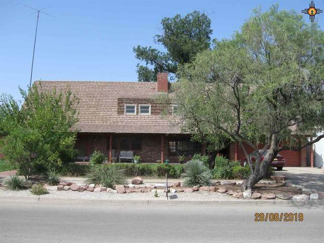 808 W Grand Ave, Artesia, NM 88210 (MLS #20205519) :: Rafter Cross Realty