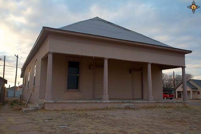 612 Axtell Street, Clovis, NM 88101 (MLS #20210940) :: Rafter Cross Realty