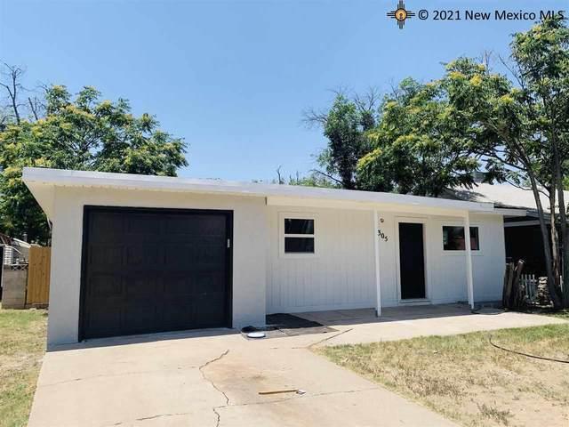 305 N Lake St., Carlsbad, NM 88220 (MLS #20213232) :: Rafter Cross Realty